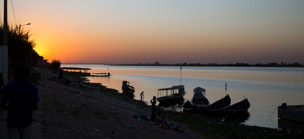 Sunset over the Niger in Segou