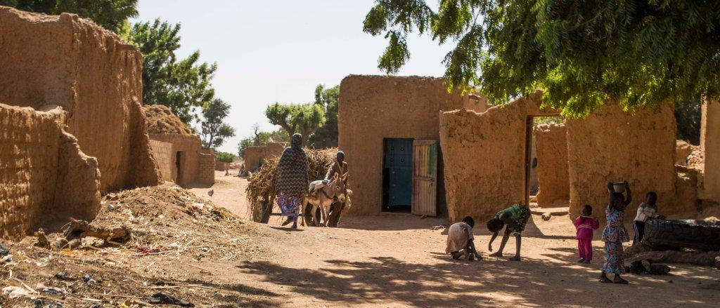 Street scene in Segou-Koro